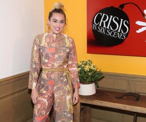 NEW YORK, NY - SEPTEMBER 15: Actress/ Singer Miley Cyrus attends the world premiere of 'Crisis in Six Scenes' at the Crosby Street Hotel on September 15, 2016 in New York City. (Photo by Rob Kim/Getty Images for Amazon)