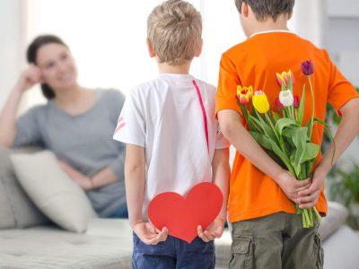 Fête des mères : quel cadeau pour la plus belle des femmes ?