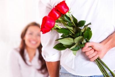 Offrir des fleurs, quel impact pour une femme ?