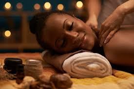 Pourquoi est-ce bon de se faire des massages dans un couple?