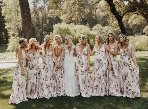 Comment choisir une robe pour vos demoiselles d'honneur ?