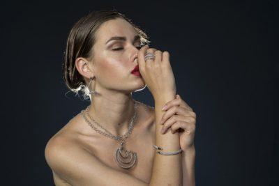 Comment choisir les colliers pour femme ?